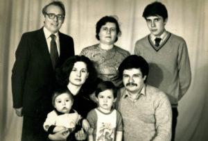 Friedrich Falevich and his family (Slutsk 1985)