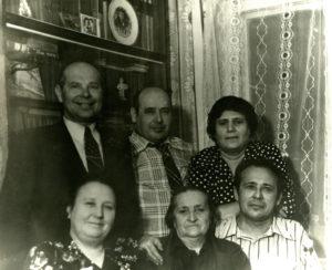 Friedrich Falevich and his family (Slutsk 1980)