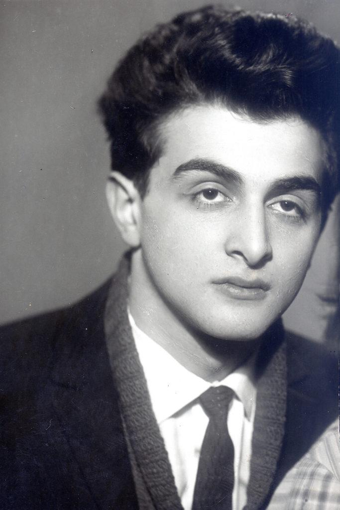 Сын Елены Драпкиной Александр (Ленинград, 1964)