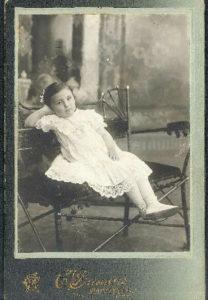 Debora Markman (Minsk 1910s)