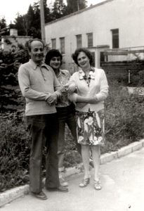 Lev Galper with his daughter Inna and wife Nina Buyanova (Moscow 1980)