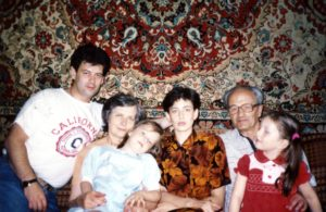 Lev Galper with his family (Moscow 2000)