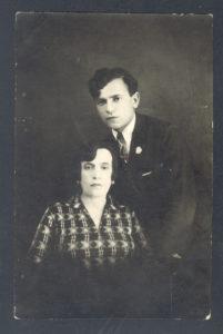 Sheiva Peisakh and Munya Peisakh (Liege 1930s)