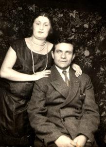 Tsilia Zelbert and her husband Moses Zelbert (Berdyansk 1926)
