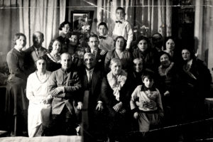 Mark Epstein, his parents, and relatives (Leningrad 1930s)