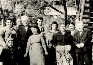 Efim Pisarenko's family (Chernovtsy 1965)