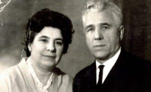 Efim Pisarenko's sister Broha Shapiro and her husband Isaak Shapiro (Chernovtsy 1967)